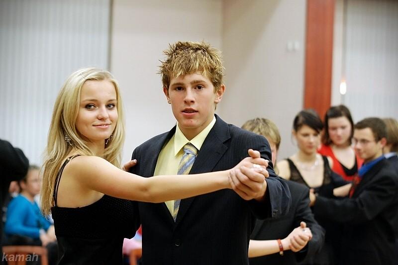 První taneční kroky se učí pravidelně v pátek i v kulturním domě v  Třemošnici 439101306b